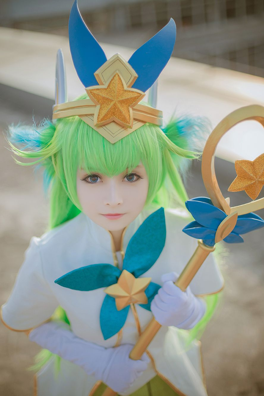Watch cute Lulu Star Guardian cosplay by Maki