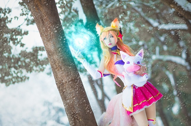Beautiful Star Guardian Ahri Cosplay by Dong Dong Guai