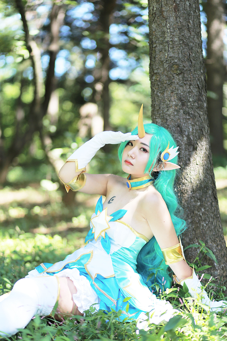 Star Guardian Soraka Cosplay by Korean cosplayer Aleah 6